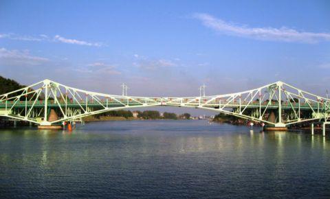 Oskara Kalpaka tilts