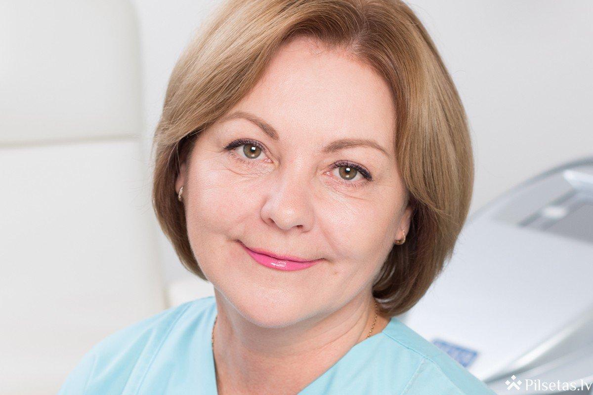 7 fakti par fotoatjaunošanu: īss zinātnisks skaidrojums no Rīgas kosmetologa