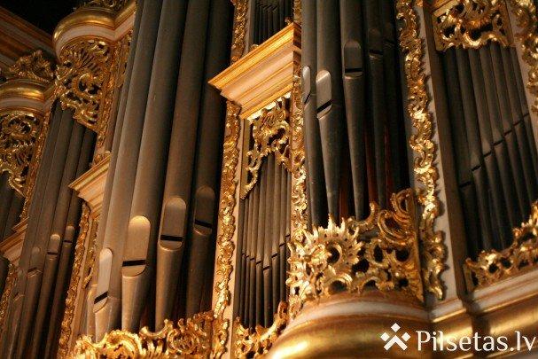 Liepājas Svētās Trīsvienības katedrāle