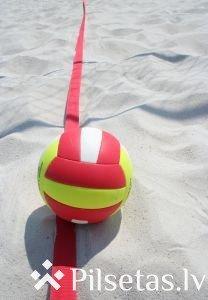 Madonas atklātais čempionāts pludmales volejbolā Karjera ezera volejbola laukumos