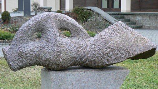 """Skulptūra """"Guļošā amazone"""""""