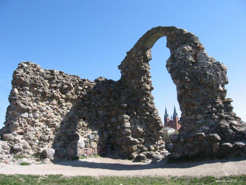 Развалины в Резекне