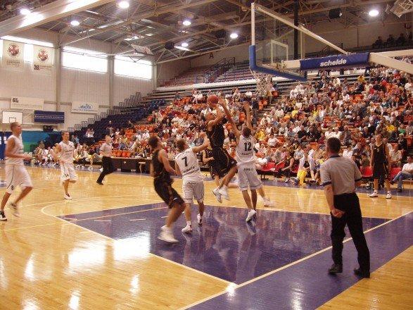 Баскетбольный холл