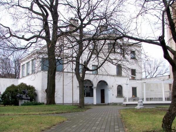 Eduarda Smiļģa teātra muzejs