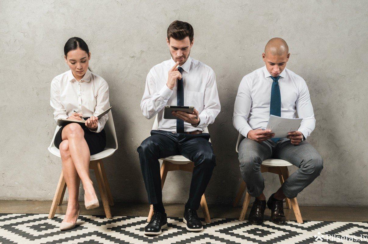 Ko vilkt mugurā uz darba interviju?