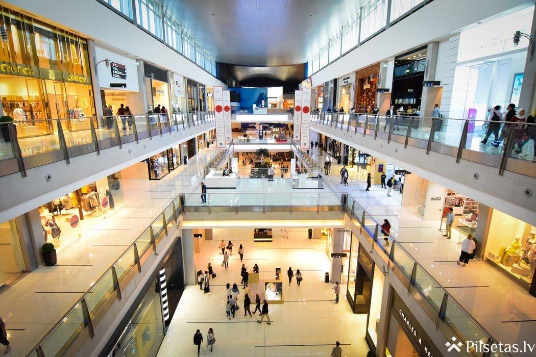 Pirmssvētku pārdošana: padomi vidējās pirkuma summas palielināšanai veikalu īpašniekiem