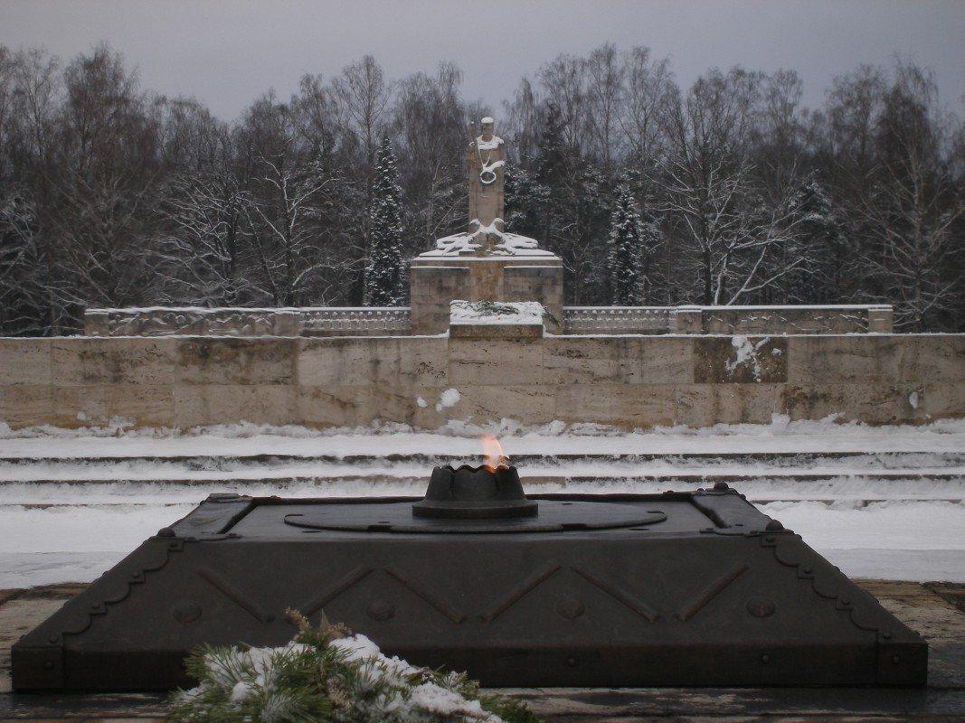 Brāļu kapi