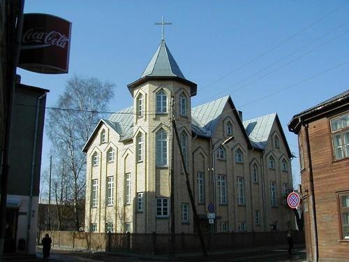 Церкви баптистов
