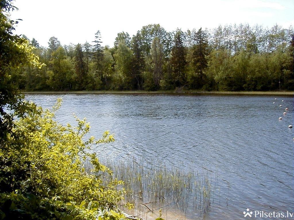 Озеро Циецерес