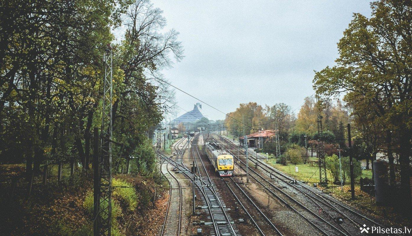 Bateriju vilcieni – videi draudzīgāks risinājums neelektrificētām dzelzceļa līnijām