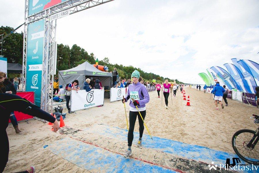 Nūjotāji no visas Latvijas Majoru pludmalē sacentīsies par čempiona titulu