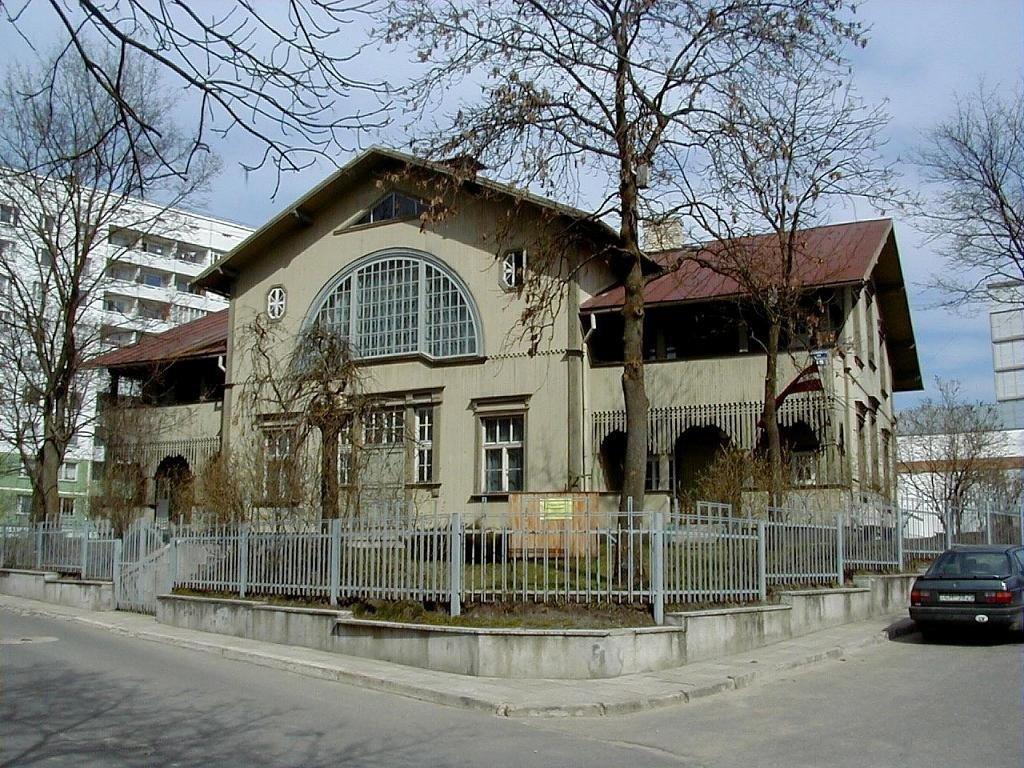 Burtnieku nams