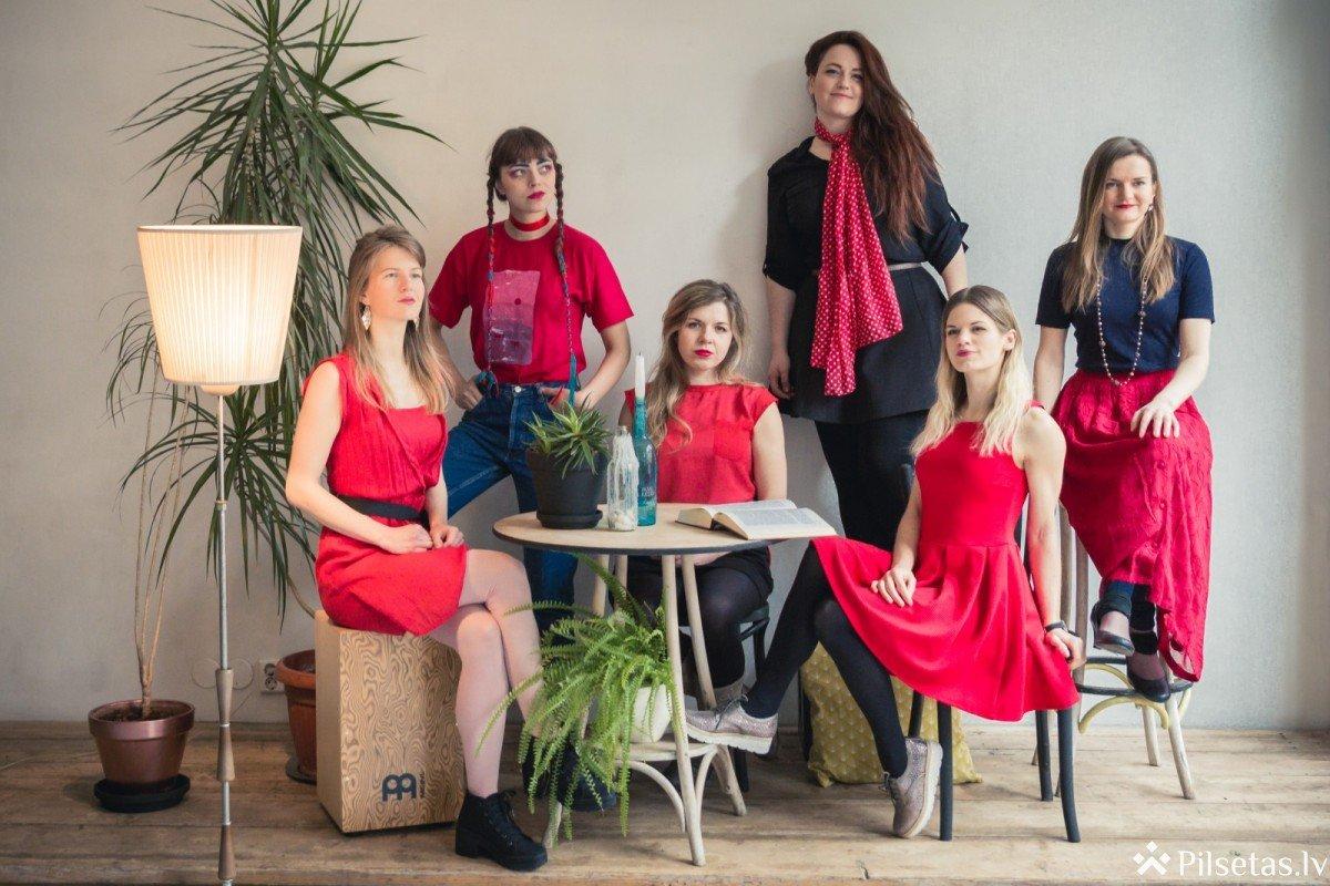"""Bauskas pils muzejā uzstāsies jauno un talantīgo meiteņu grupa """"Sus Dungo"""""""