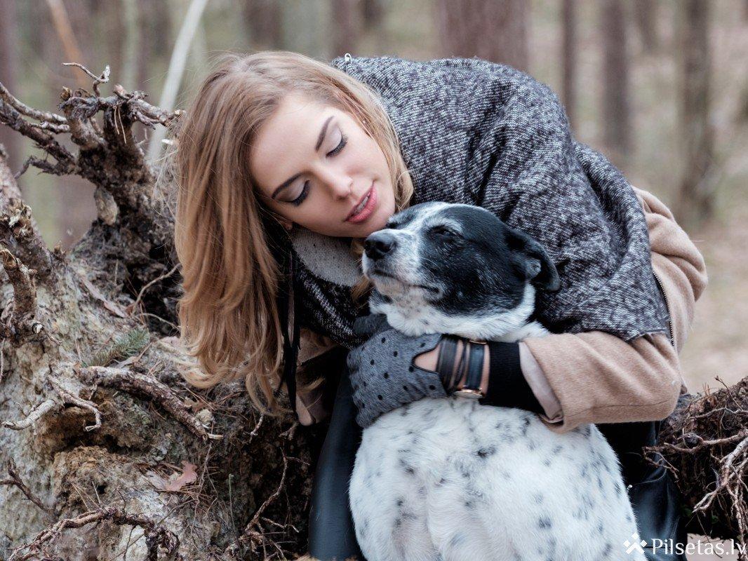 Latvijas slavenības piedalās fotoprojektā dzīvnieku patversmes atbalstam