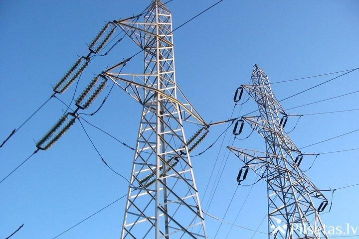 """Ziemeļvidzemē uzsāk elektrolīnijas """"Igaunijas - Latvijas trešais 330kV starpsavienojums"""" būvniecību"""