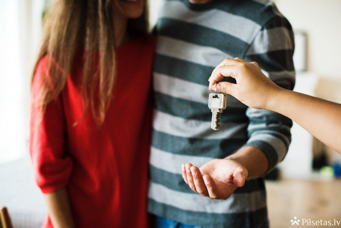 Pētījums: Vairums iedzīvotāju par savu svarīgāko īpašumu uzskata mājas,  taču katrs ceturtais nedara neko, lai tās pasargātu